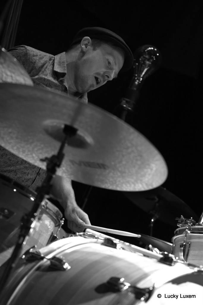 Jürgen Zink - Drums